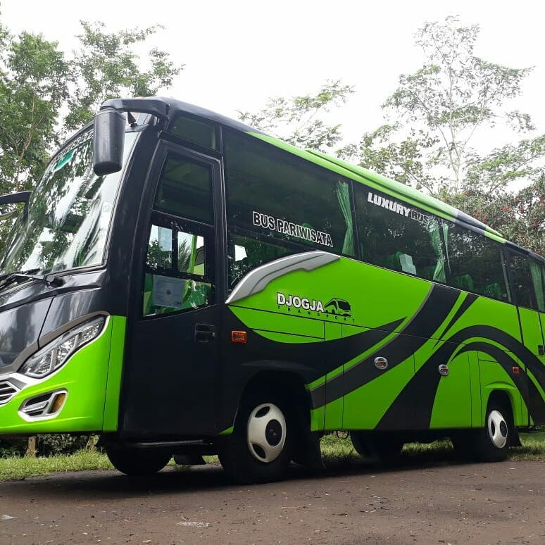 Sewa Bus wisata Jogja yang Begitu Nyaman Dengan 31 Seat