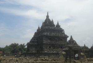 wisata Candi Plaosan Jogja