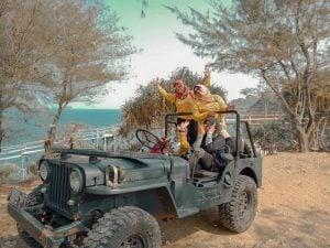 paket jeep pantai
